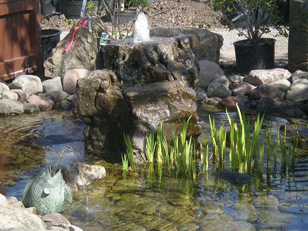 Water features buffalo ny landscape buffalo ny lincoln for Landscaping rocks buffalo ny